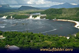Aerial photo Canaima Lagune